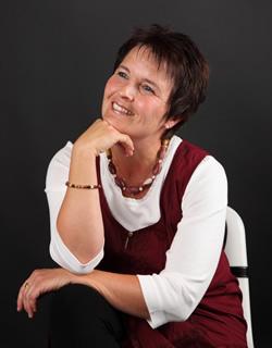 Manuela Garrido, Keyboard- und Gesangsunterricht